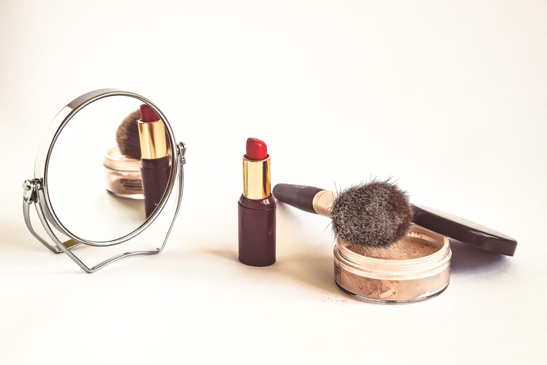 Rosenberger face&bodywellness cosmetics background