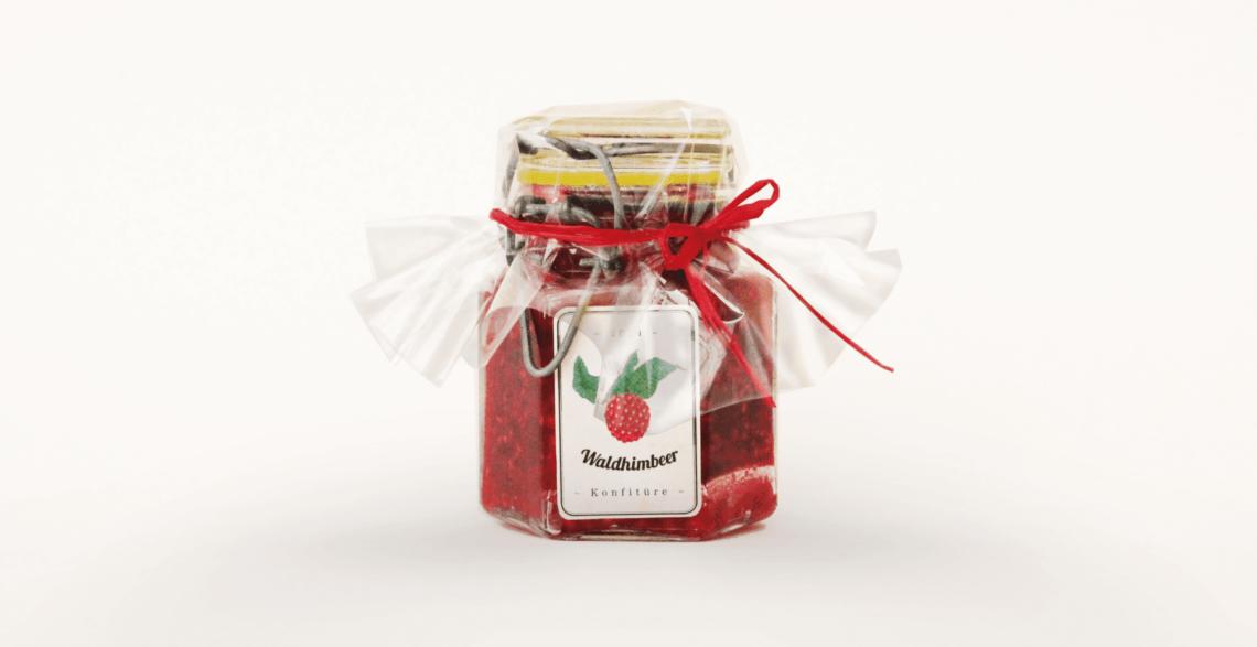 Packaging Raspberry Jam