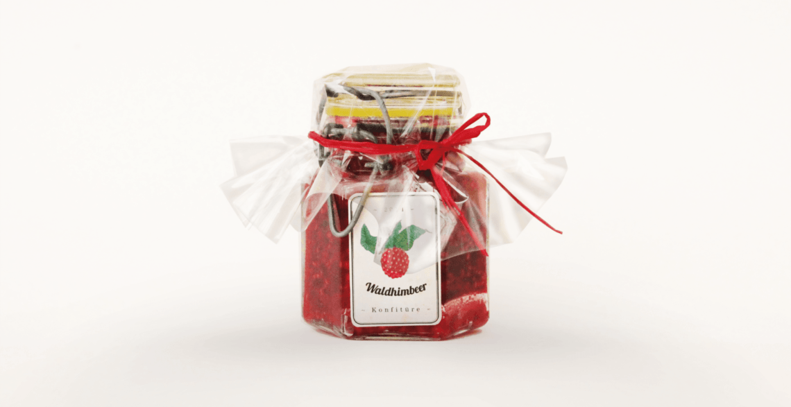 Packaging Raspberry Jam